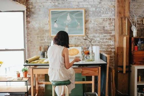 Girl desk creataive