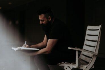 an introvert maximizes his creativity
