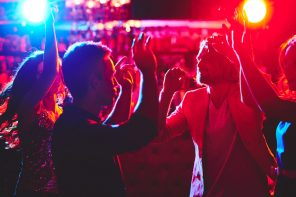 4 Tips to Survive Your High School's Homecoming Dance