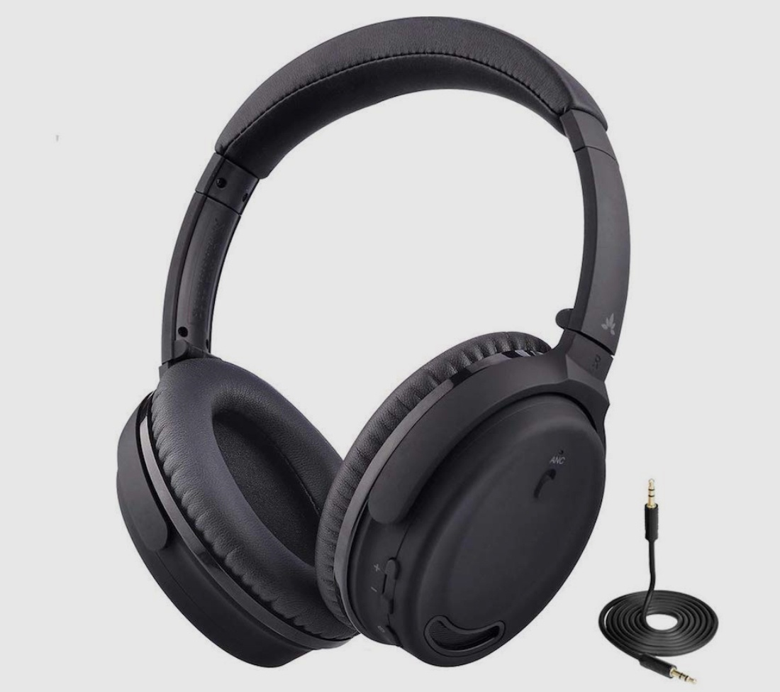 gifts for introverts headphones