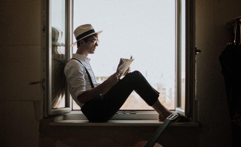 an introvert enjoys social distancing