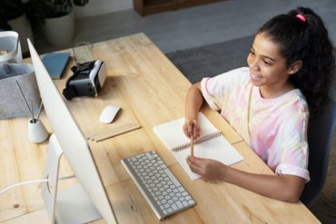 an introverted student benefits from a virtual classroom