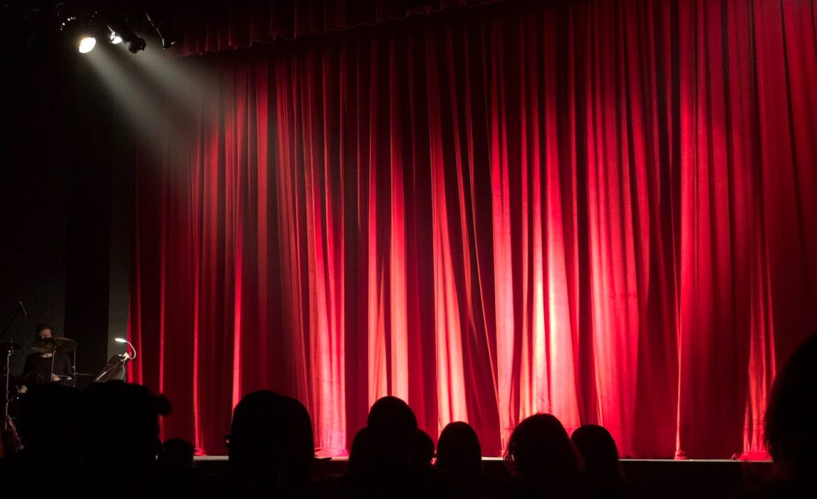 a stage represents an introvert actor overcoming shyness